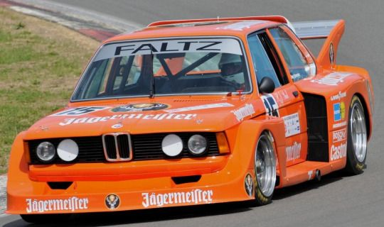 JP Logistics Autotransport - Haben Sie einen? Versenden Sie es mit LGMSports.com BMW 320 Group 5 Rennwagen