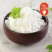 Ak ste sa pri varení trochu pozabudli a nešťastnou náhodou vám prihorela ryža, tak nezúfajte.  Skúste na ňu položiť krajec chleba a nepríjemná spálená chuť za chvíľku zmizne.