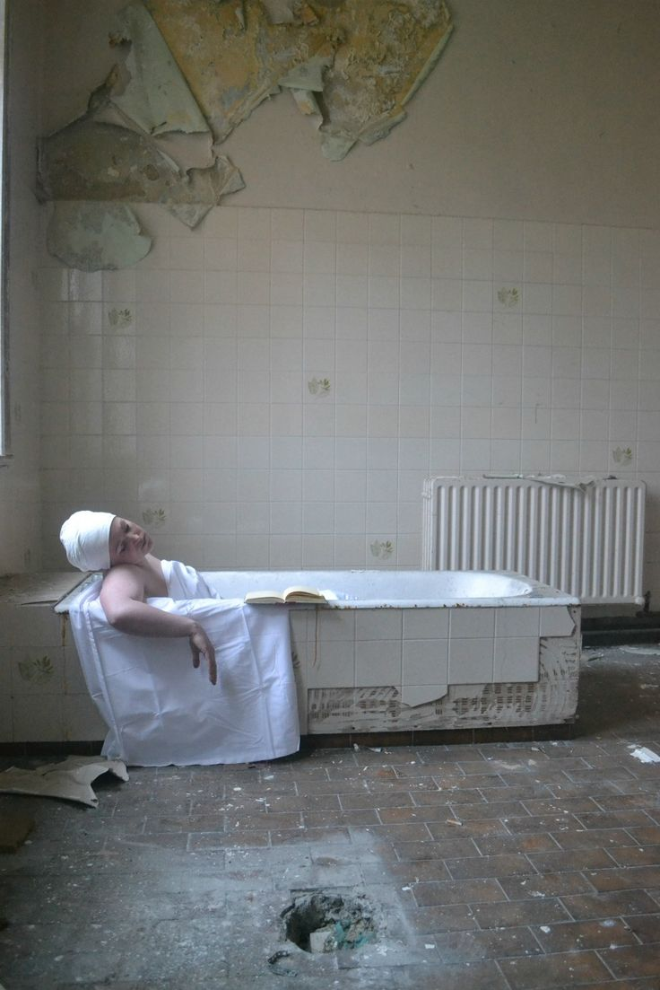 Lauralee Guiney (1980): Untitled- After David, 2012 (The Death of Marat, Jacques-Louis David, 1793)