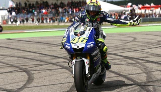 Hasil Akhir MotoGP Valencia, Valentino Rossi Pastikan Diri Sebagai Runner-Up Musim Ini - http://keponews.com/2014/11/hasil-akhir-motogp-valencia-valentino-rossi-pastikan-diri-sebagai-runner-up-musim-ini/