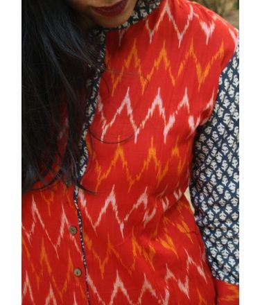 Kurti made in handwoven ikat fabric from Andhra. 100% cotton, easy and classy..