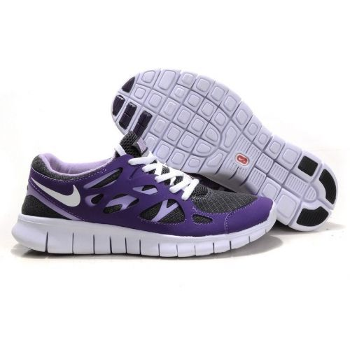 i am just in love with these nike free runs!