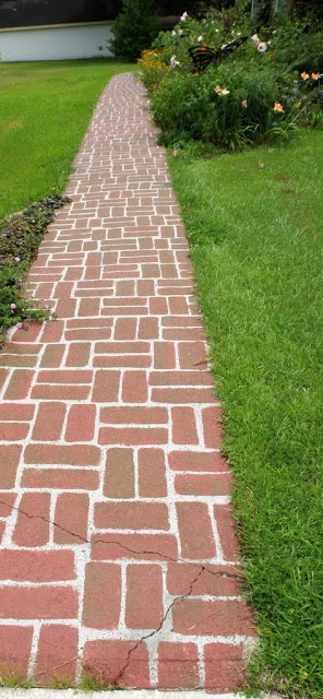 In The Garden And More: Faux Brick Concrete