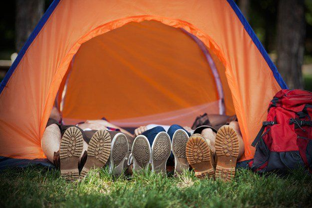 Beauty Sleep | 9 Ways to Look Good While Camping, check it out at http://makeuptutorials.com/camping-tips-makeup-tutorials/