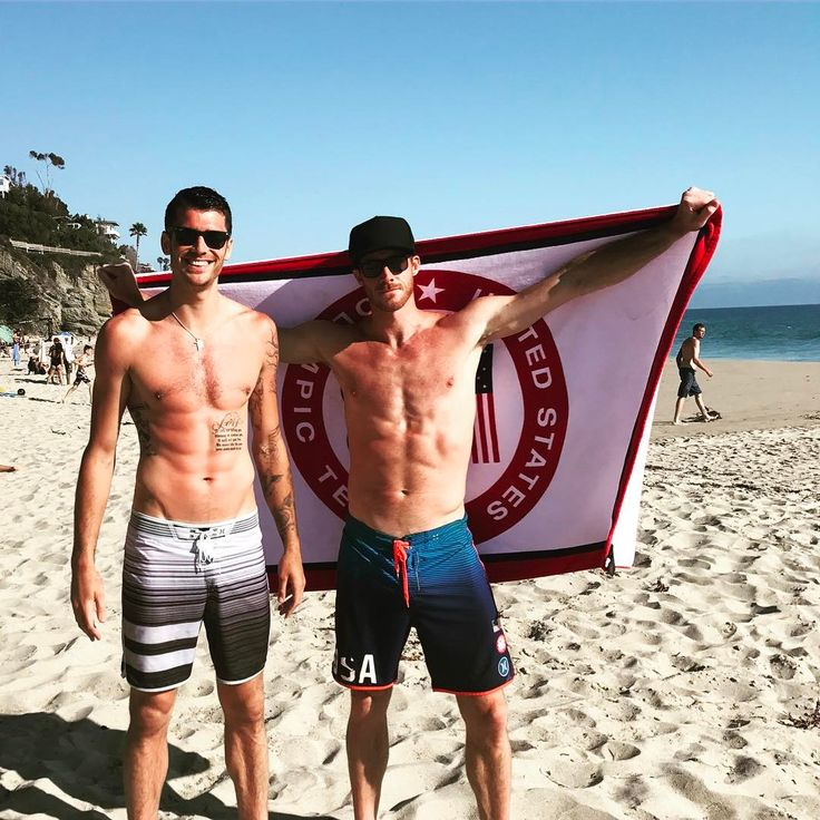 "20.06.2017 Matt Anderson (@mja5041) su Instagram: ""Sunbathing location upgrade! #LagunaBeach #1000steps"""