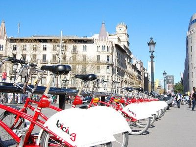 Enough Public Bike Sharing, Says Barcelona's City Council. Get Your Own Bicycles!