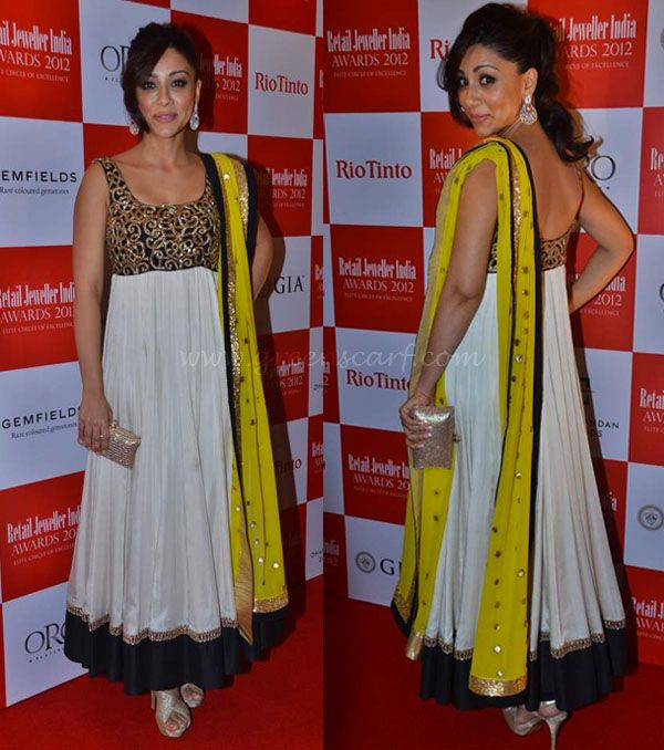 Amrita Puri at Retail Jewellers India Awards 2012