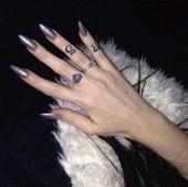 Purple Glitter Stiletto Acrylnägel – # Acryl #Glitter #Nägel #Lila #Stilett … – Acrylic Nails