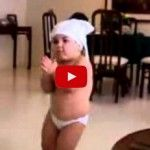 Bebé bailando como Shakira. ¡Qué cosa tan rica!