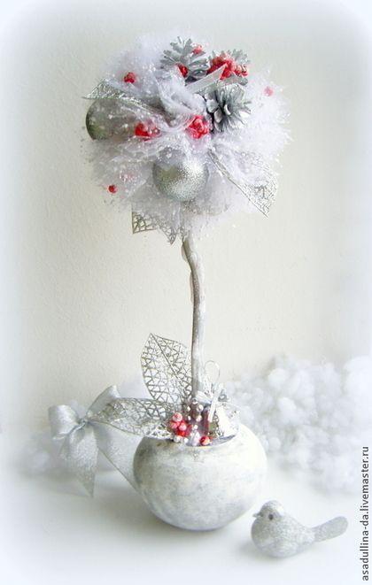 Топиарий новогодний Зимняя сказка - белый,красный,серебро,Новый Год,подарок