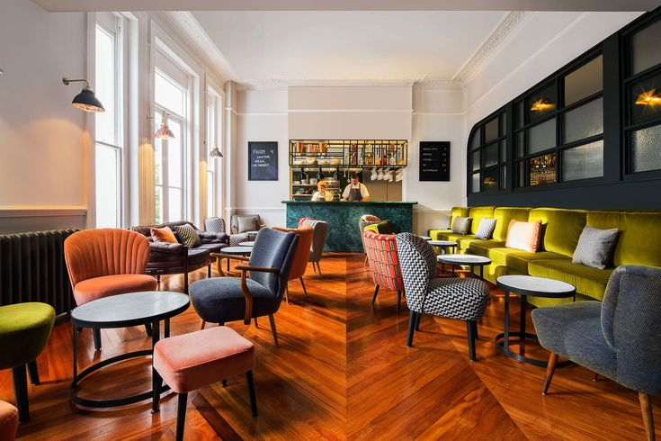 The Pilgrim, which opened its doors in November of last year, is a hotel located on Norfolk Square in Paddington, London that aims to reinvent the concept of hospitality by looking both to the future and to the past.