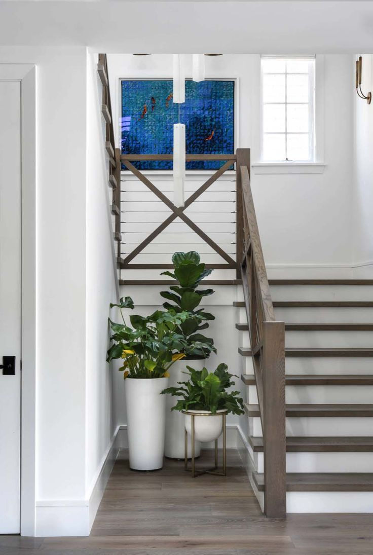 Stunning modern coastal home with inspiring details in Corona del Mar