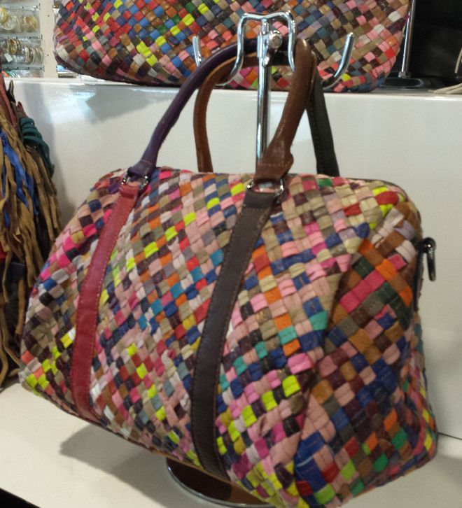 Ladies Magic Bags Woven Leather Handbag in multicolor 62,08 € su www.bandana.it