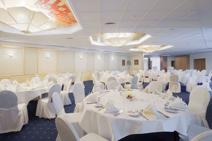 "Wedding setup in ""La Primavera"" at the Crowne Plaza Hotel Bucharest"