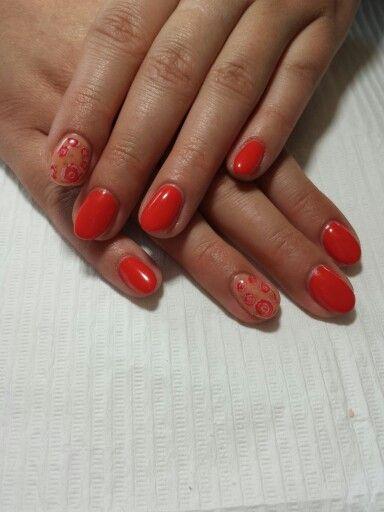 Gel polish nail art! Hand painting flowers!