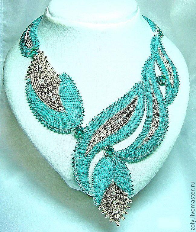 """Mint freshness"" - bead-embroidered neckpiece by Elena Shlyakhovoy (Zoly) based on a design by Irina Sidina, on livemaster.ru. Japanese seed beads, Swarovski crystals, leather backing."