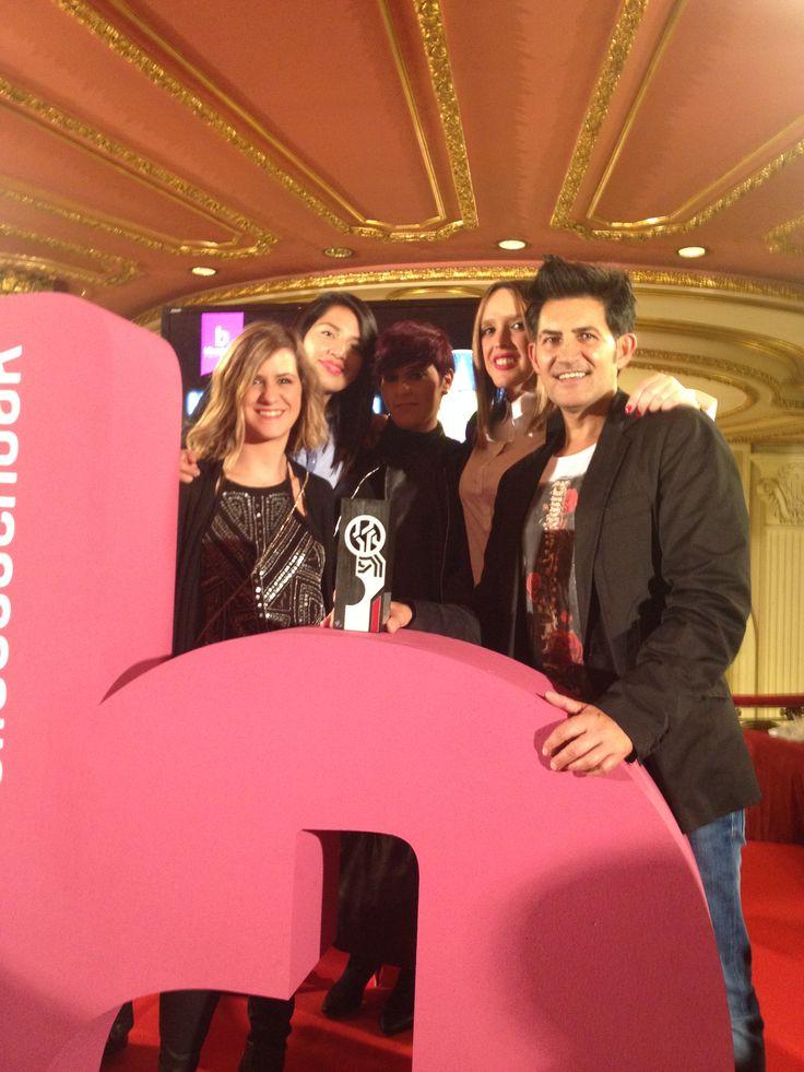 Pero que bien lo pasamos en la Gala de los Premios del Comercio de #Bilbao. Sin duda un montón de gente apasionada por su trabajo! http://ow.ly/U1WdB