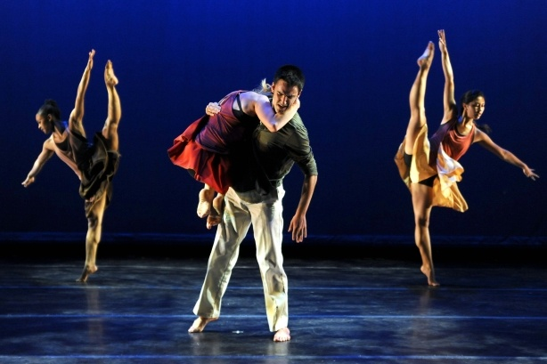 Alvin Aley dance company at Orange County Performing Arts Center
