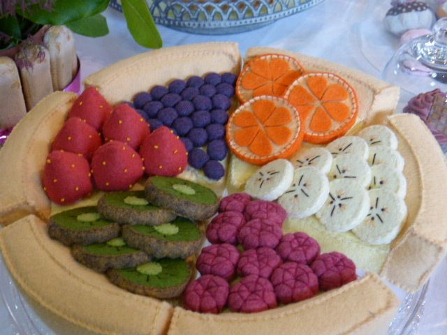 La tarte en feutrine était incroyable. Les rondelles de kiwi étaient vraiment très réalistes.