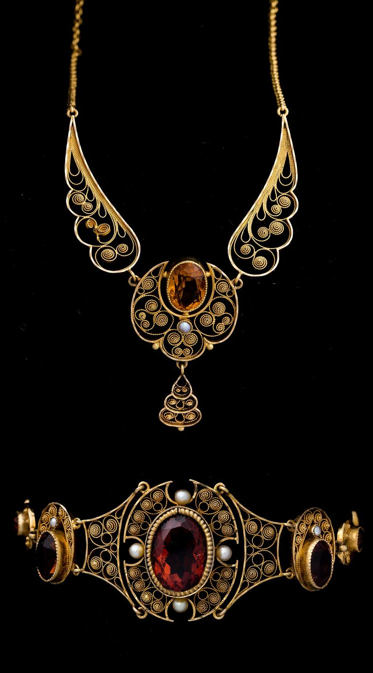 Antique necklace and bracelet, Stockholm, circa 1908. Composed of 18k gold, faceted citrines and pearls. #antique #necklace #bracelet