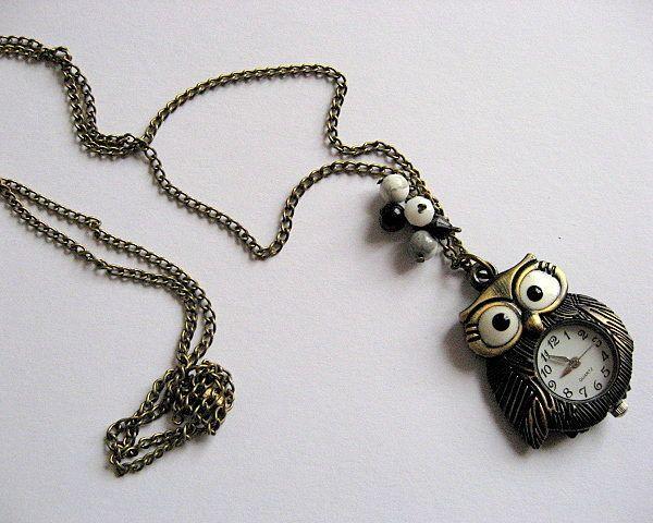 Colier bufnita ceas bronz pandantiv, onix, howlit si cristale - bijuterie femei - idei cadouri