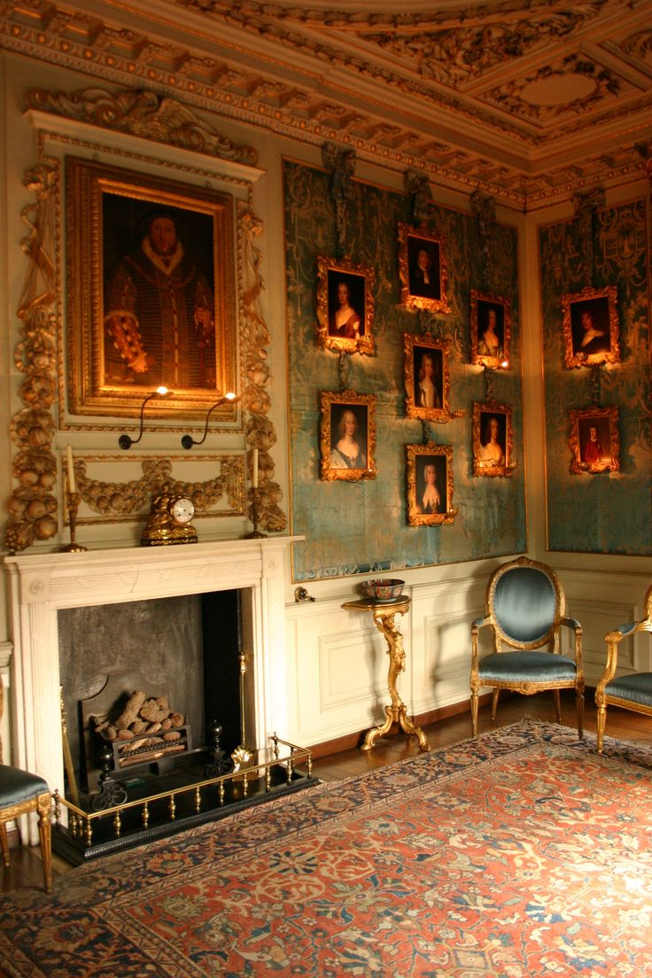 Inside Warwick castle. Please like http://www.facebook.com/RagDollMagazine and follow @RagDollMagBlog @priscillacita