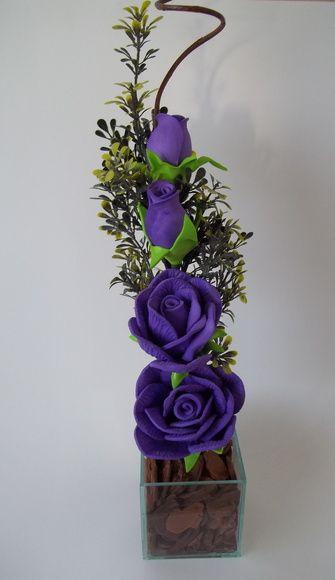 Arranjo de Flores em Eva - Rosas Lilás