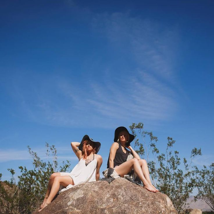 Katie Rain Photography: Playing around with my gorgeous friends in Palm Springs…