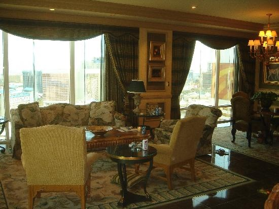 penthouse suite, Mirage Las Vegas + wedding + mexican takeout food =  best thinking on the fly EVAH. :D