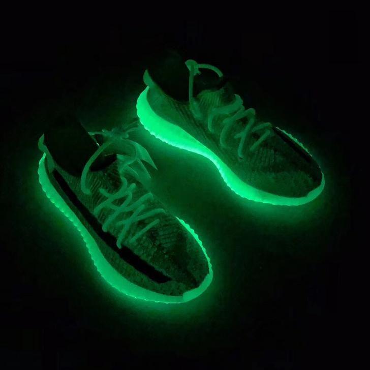 glow in the dark yeezys