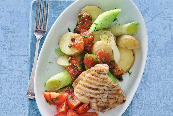 9 maart - Prei in de bonus - De klassieker gegrilde kip krijgt een frisse tomaat-met-kappertjestwist - Recept - Allerhande