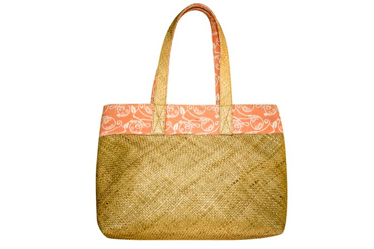 Made from Mendong which is a strong grass. The bag is durable and can also tolerate moderate water exposure. The lining can be printed as per your design with for example your logo or another matching pattern.