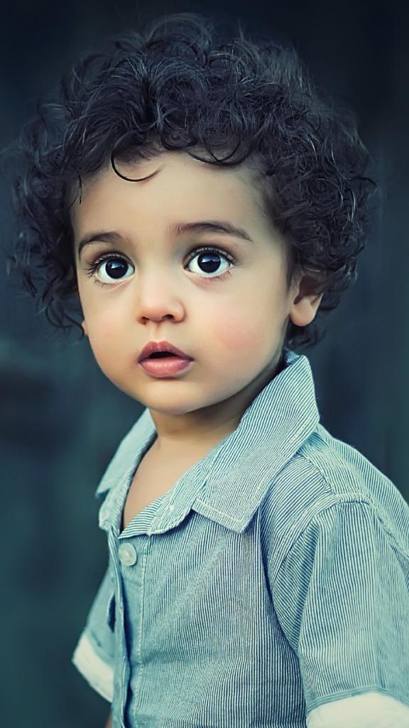 Iphone X 4k Wallpapershow Cutephone Wallpaper Lockscreen Hd 4k Android Ios Iphonedownload Free Beautiful Children Precious Children Children