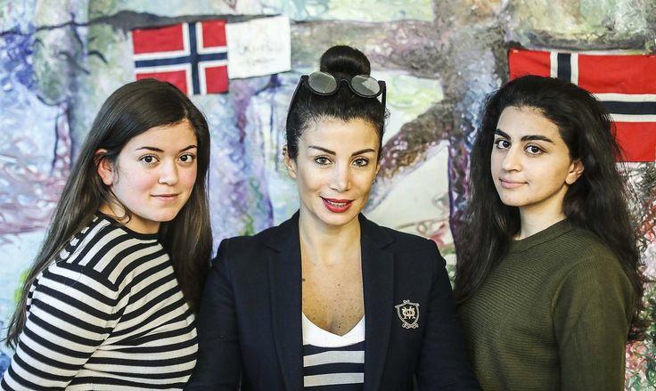 Joumana Haddad (45) vet hvor modige de norske «skamløse» jentene er når de kjemper for et fritt og selvstendig liv. Selv lever hun i «skam».