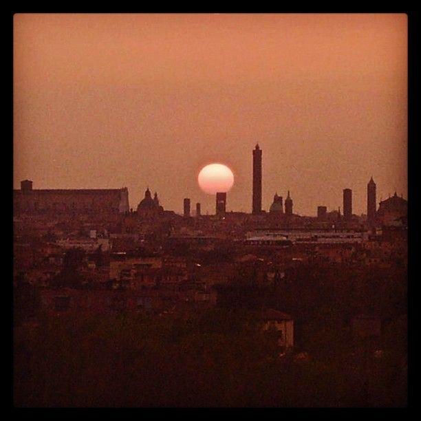 #skyline #Bologna - Instagram by isbzu