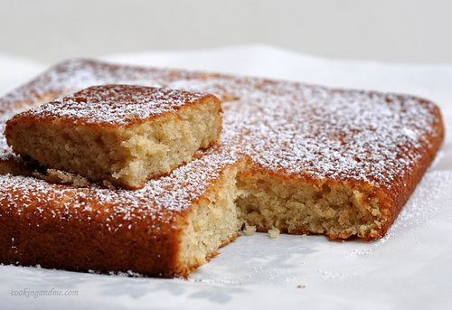 Best banana cake recipe, a very easy and foolproof recipe for banana cake. Step by step pictures to guide you and a great cream cheese frosting recipe too!