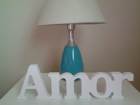 AMOR de MDF  Perfeito para decorar sua casa ou escritório, para presentear, etc... Pode ser usado para decorar mesa de bolo em festas de noivado, casamento e etc.  Poderá ser com a palavra LOVE. CONSULTE A DISPONIBILIDADE ANTES DE EFETUAR A COMPRA. TEMOS OUTRO MODELO.  Poderá ser feito em qualquer cor.  O tempo para a confecção pode variar para mais ou para menos, consulte antes. R$ 37,99