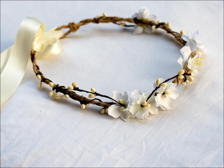 Couronne de mariage: Fleurette (blanc / ivoire)