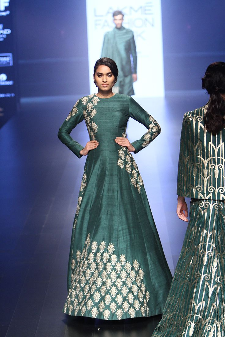 SVA by Sonam and Paras Modi | Lakmé Fashion Week winter/festive 2016…