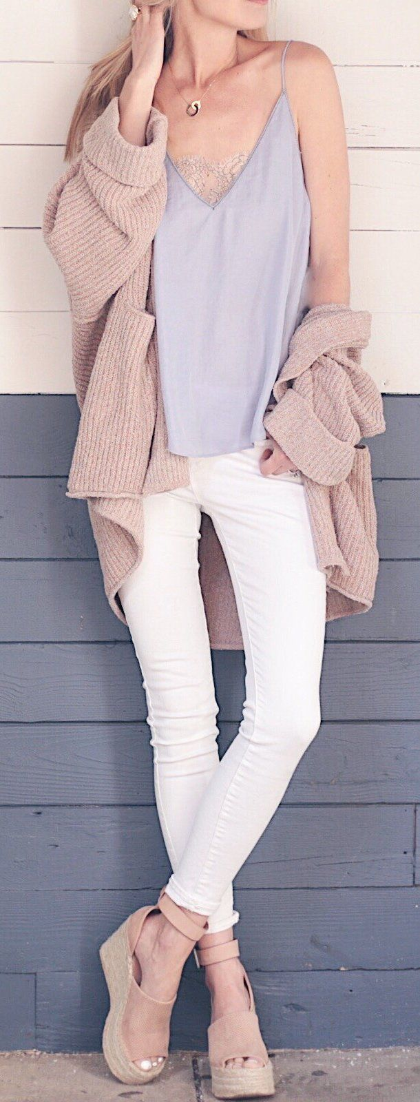 #spring #outfits /  Beige / Grey Top / White Skinny Jeans / Beige Platform Sandals