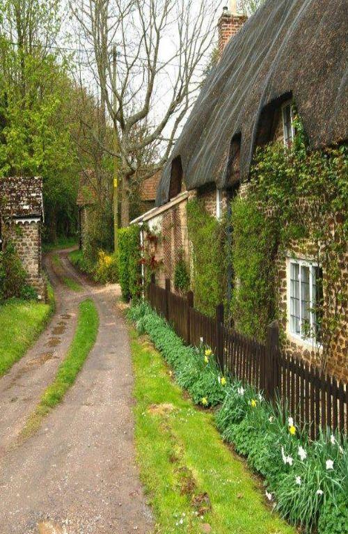 ❦Sandy Hook, Wiltshire, England