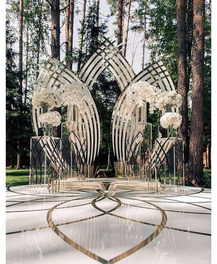 Backdrop goals #munaluchibride #weddingceremony | #Repost @ijorere This AMAZing…