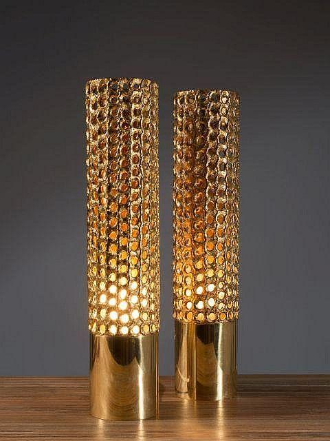 Pierre FORSELL 1925-2004 Paire de lampes de table - vers 1960 Piètement en laiton, fût en laiton perforé