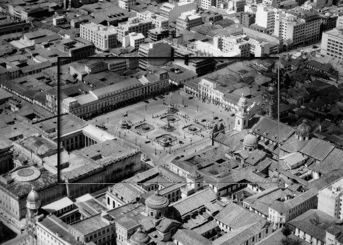 Fotografías aéreas que muestran el vertiginoso crecimiento de la capital colombiana. Fragmentos del libro publicado por Villegas Editores con ocasión del Bicentenario.