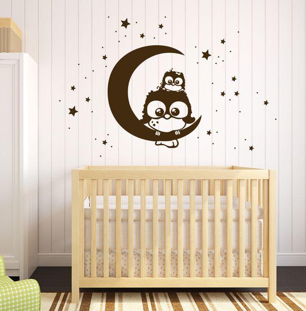 Wandtattoos - Wandtattoo Eule Lotte mit Baby Mo auf Mond M1175 - ein Designerstück von IlkaParey bei DaWanda
