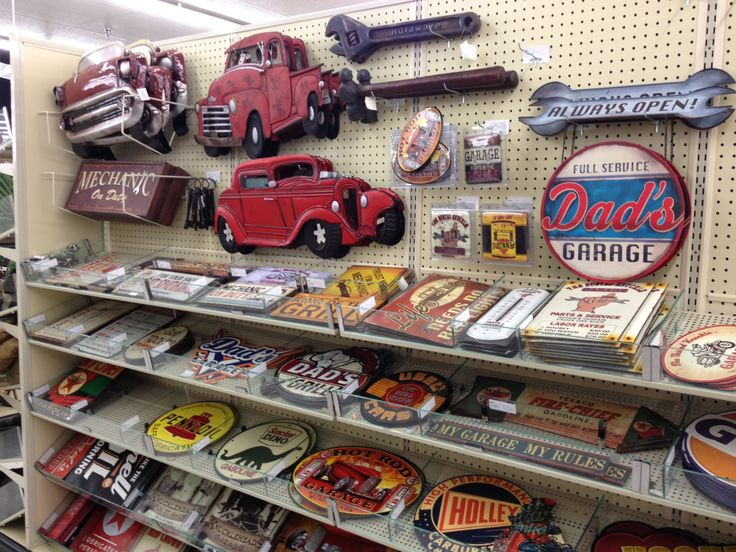 Hobby lobby vintage auto signs man cave pinterest for Automobile decoration accessories