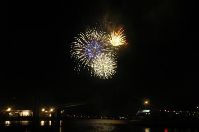 All About the Southwest Waterfront Fireworks Festival: Fireworks on the Southwest Waterfront