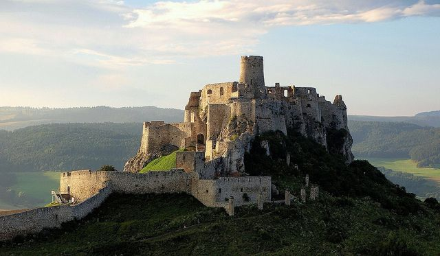 slovenské hrady a zámky - Hľadať Googlom