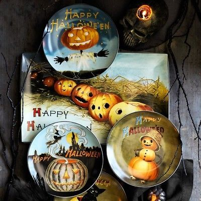 Set of 4 Vintage Style Halloween Post Card Salad Plates New SOLD OUT  Wm Sonoma