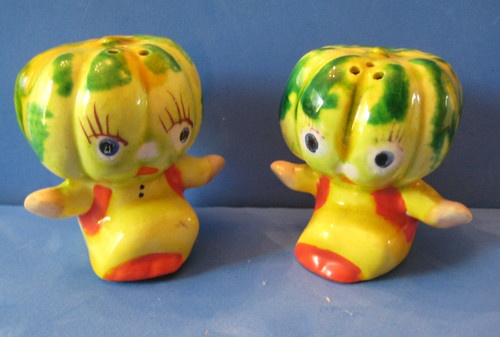 Anthropomorphic Squash Gourd Vegetable Salt and Pepper Shakers Made in Japan